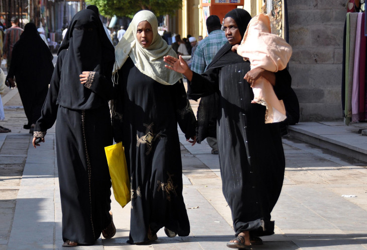 Хиджаб оман, маскат, порт, люди, женщины, хиджаб